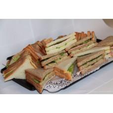 Vergaderschaal Sandwiches (geserveerd in luxe catering-doos)