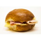 Zacht Broodje Ham/Kaas (Wit)